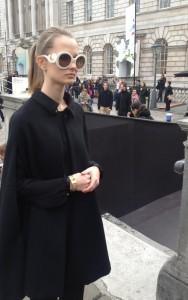 london fashion week fille lunette entiere