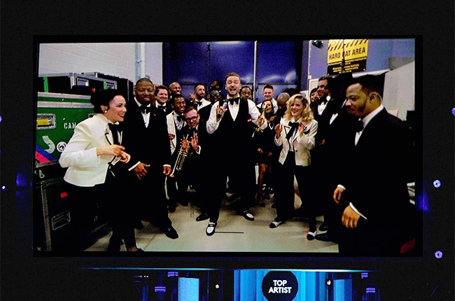 justin-timberlake-2014-billboard-music-awards-performance da vibe