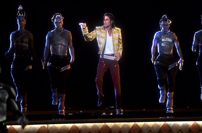 michael-jackson-hologram-billboard-music-awards-da vibe