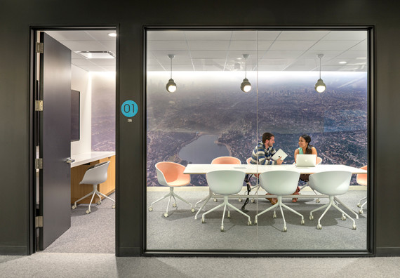 Beats-By-Dr.-Dre-Headquarters-An-Inside-Look-07-570x396