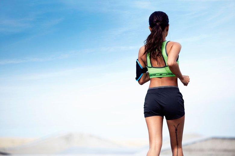 le-coq-sportif-2015-spring-summer-womens-training-lookbook-featuring-karrueche-tran-3
