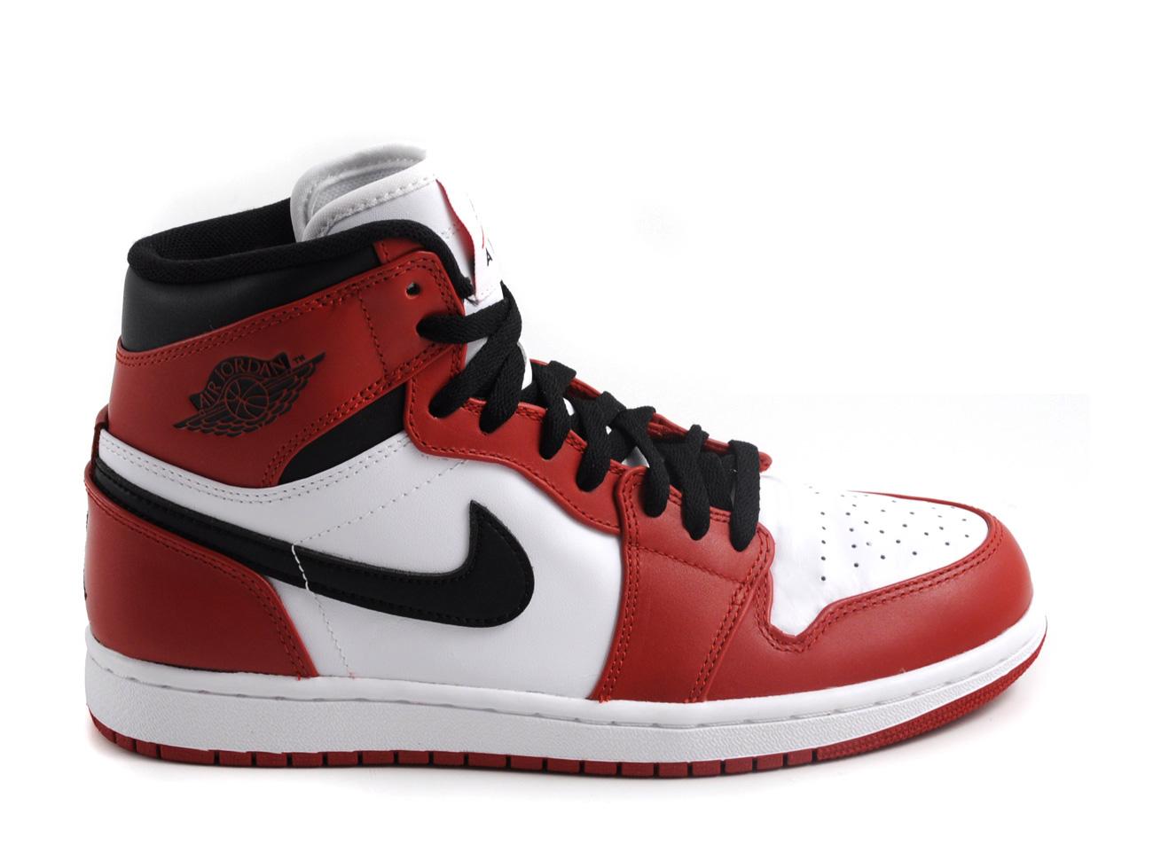 nike-air-jordan-1-retro-white-varisty-red-black-1