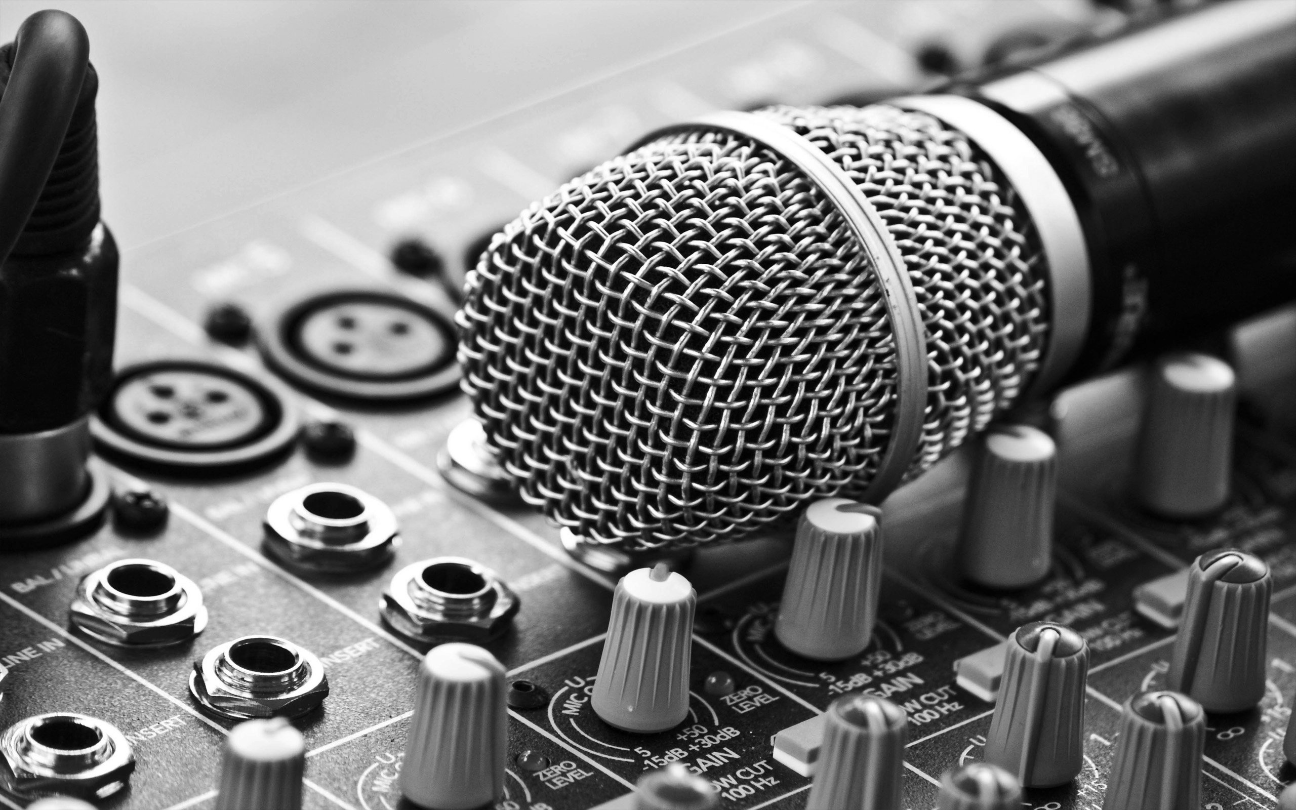 Music-Microphone-Wallpaper-Free-Picture