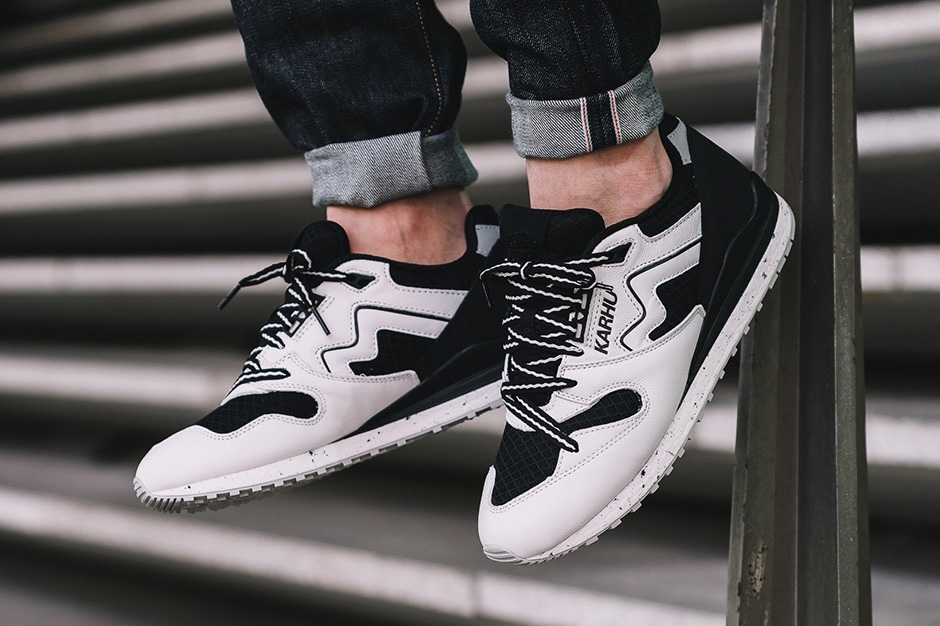 http-hypebeast.comimage201705karhu-commemorates-finland-athlete-synchron-classic-001