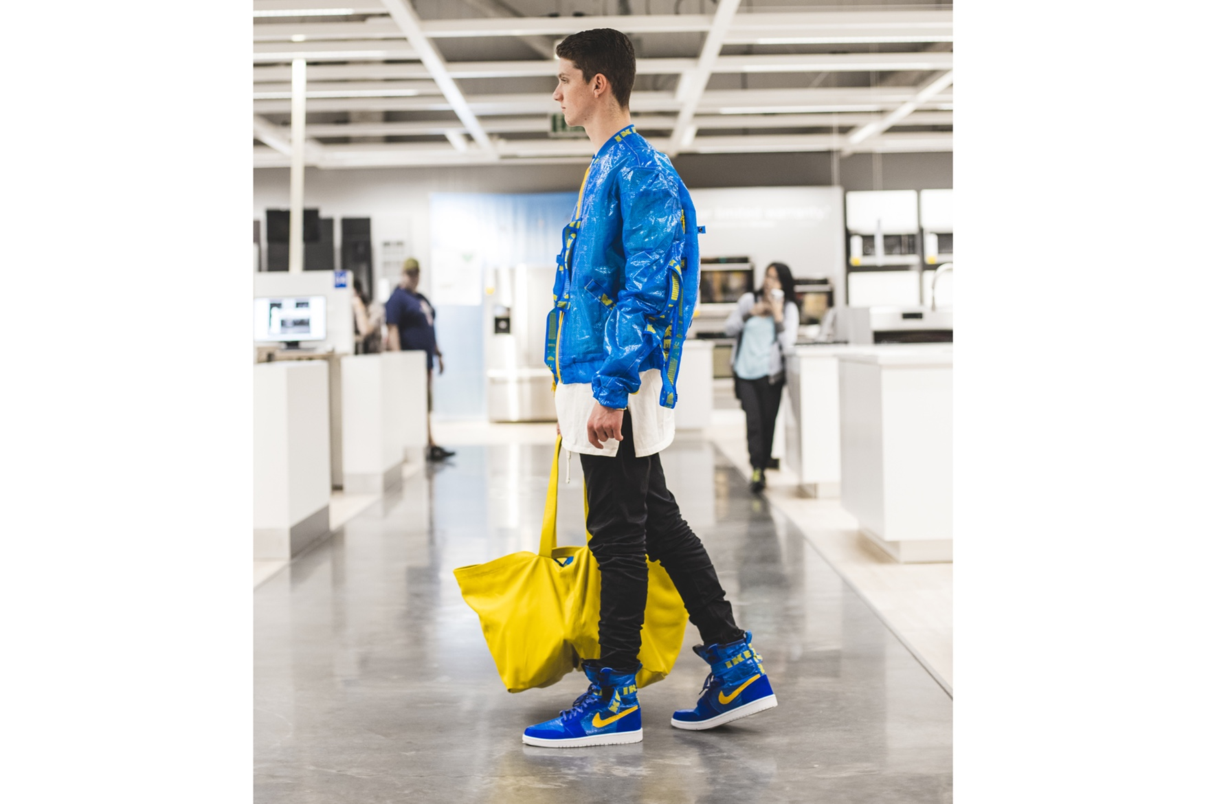 http-hypebeast.comimage201705the-shoe-surgeon-air-jordan-1-ikea-custom-pack-03